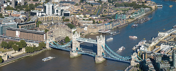 Lond Tower Bridge, the Wellness Pharmacy